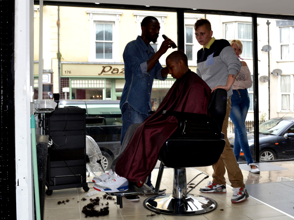 Inside-the-Barbers